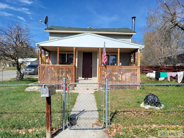207 W 3rd Avenue, Salmon, ID 83467 (MLS #2135955) :: The Perfect Home