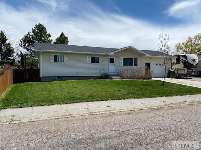 690 Pearl Drive, Blackfoot, ID 83221 (MLS #2136042) :: The Perfect Home