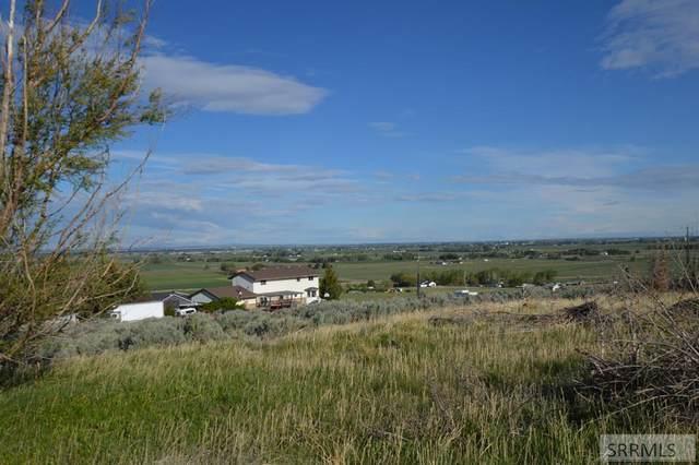 6333 E Panorama Drive, Idaho Falls, ID 83401 (MLS #2136685) :: Silvercreek Realty Group