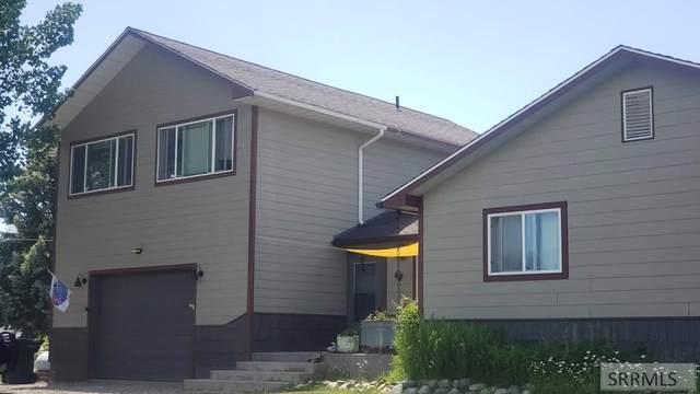 700 Keith Street, Salmon, ID 83467 (MLS #2137218) :: The Perfect Home