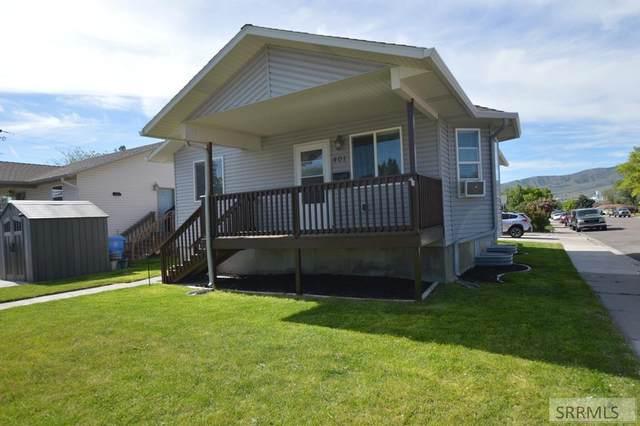 401 E Maple Street, Pocatello, ID 83201 (MLS #2137222) :: Team One Group Real Estate