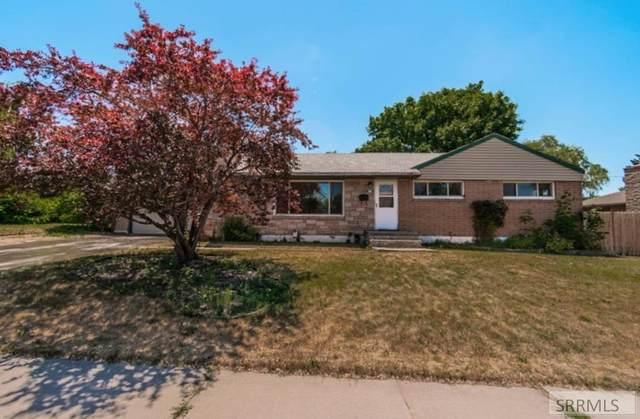 540 Whittier Street, Idaho Falls, ID 83401 (MLS #2137970) :: Team One Group Real Estate