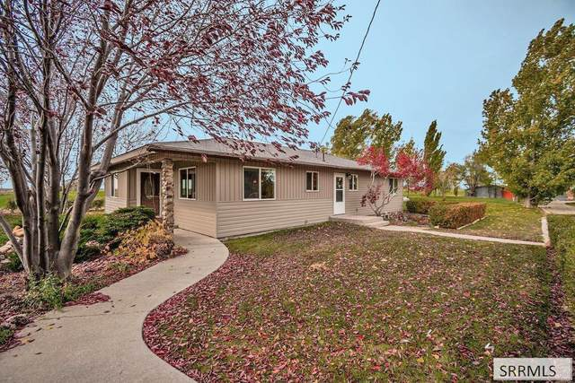 1374 W 500 S, Pingree, ID 83262 (MLS #2140421) :: The Perfect Home