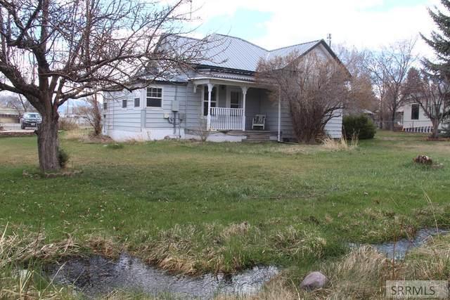 400 N 9th Street, Challis, ID 83226 (MLS #2127785) :: Team One Group Real Estate