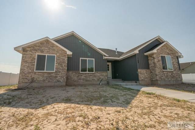 1104 Trappers Ridge, Ammon, ID 83401 (MLS #2138551) :: The Perfect Home