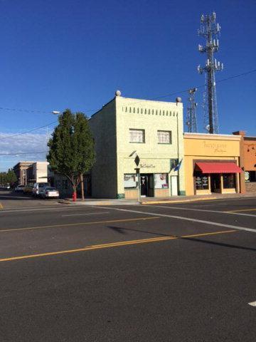 105 NW Main Street, Blackfoot, ID 83221 (MLS #2104075) :: The Perfect Home-Five Doors