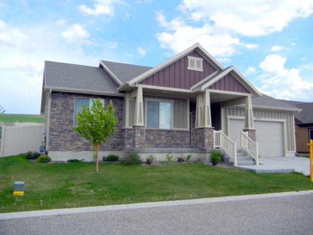 3115 S Chartwell Garden, Idaho Falls, ID 83406 (MLS #2112384) :: The Perfect Home-Five Doors