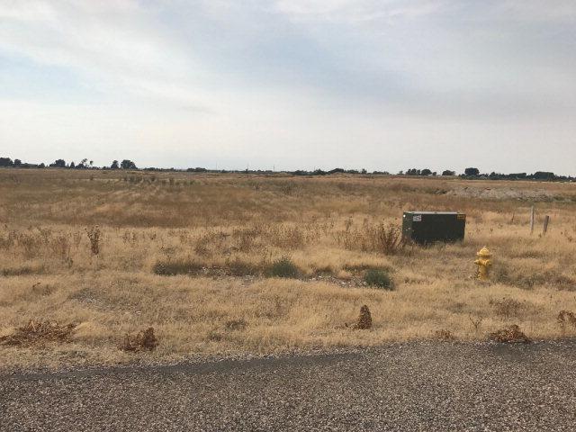 L2B2 Omni Drive, Idaho Falls, ID 83402 (MLS #2112476) :: The Group Real Estate