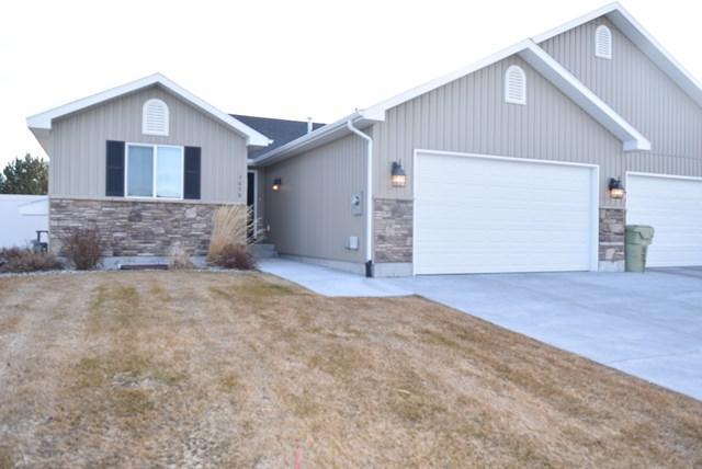 3659 Delaware Avenue, Idaho Falls, ID 83404 (MLS #2112661) :: The Perfect Home-Five Doors