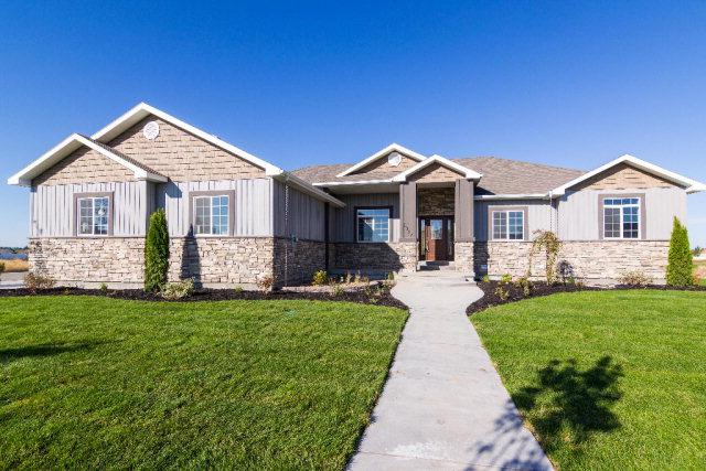 5017 Pevero Drive, Idaho Falls, ID 83401 (MLS #2112912) :: The Perfect Home-Five Doors