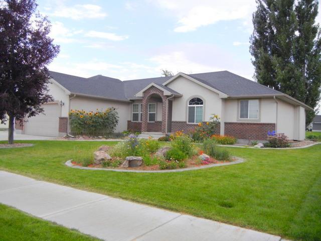 4139 Tawzer Way, Idaho Falls, ID 83406 (MLS #2117073) :: The Perfect Home-Five Doors