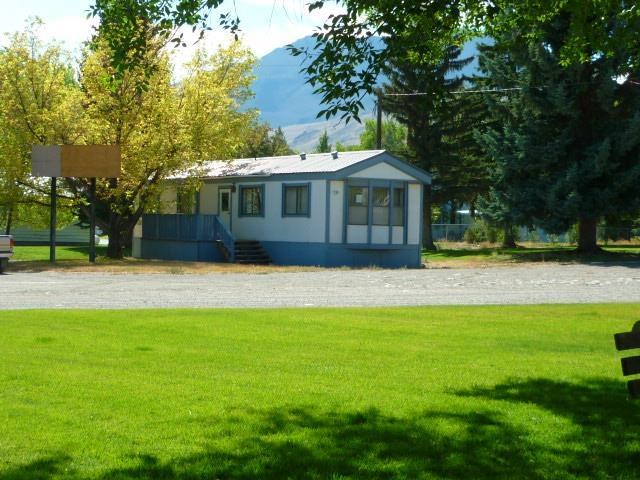 1321 #B E Main Street, Challis, ID 83226 (MLS #2117722) :: Silvercreek Realty Group