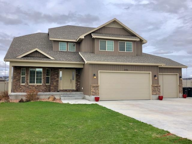 1275 Robins Avenue, Ammon, ID 83406 (MLS #2120938) :: The Perfect Home