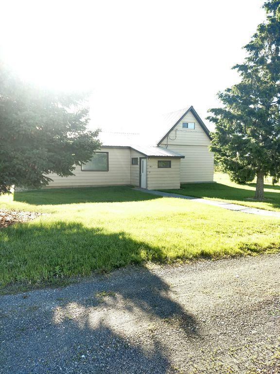 561 N 2000 E, St Anthony, ID 83445 (MLS #2122572) :: The Perfect Home