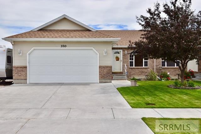 370 E Bridger Drive, Idaho Falls, ID 83406 (MLS #2122705) :: The Perfect Home