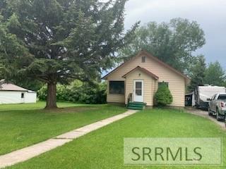 121 N 2 E, Soda Springs, ID 83276 (MLS #2122854) :: The Perfect Home