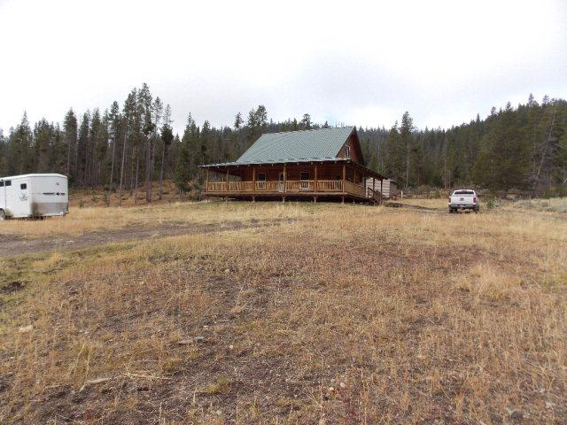 3585 Panther Creek Road, Salmon, ID 83467 (MLS #2122909) :: Silvercreek Realty Group