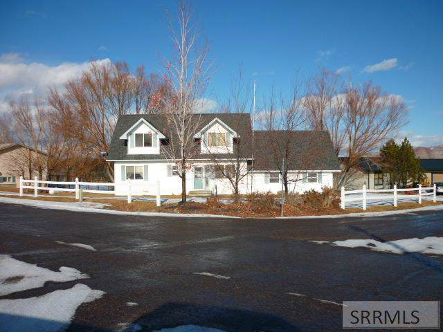 111 E Summit Circle, Challis, ID 83226 (MLS #2126482) :: The Perfect Home
