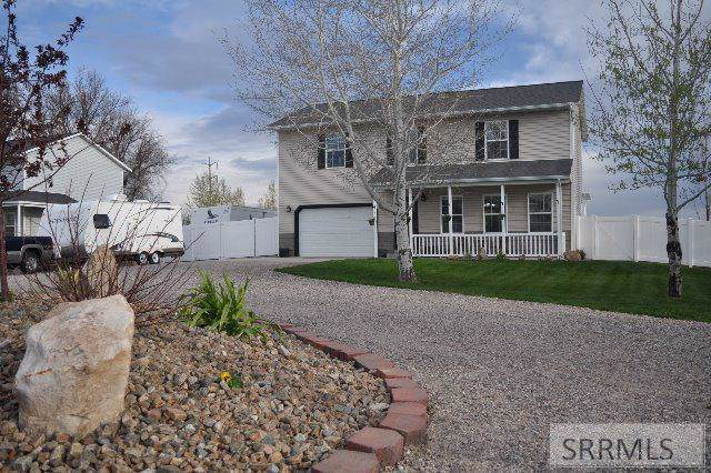 412 E 1 S, Rigby, ID 83442 (MLS #2126773) :: Team One Group Real Estate