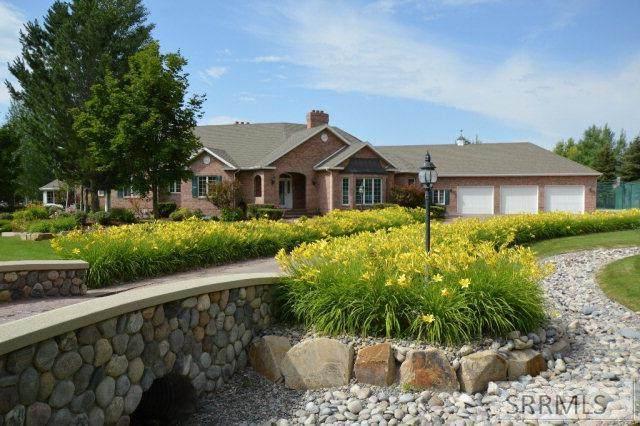 583 W Honey Creek, Idaho Falls, ID 83404 (MLS #2129268) :: The Group Real Estate