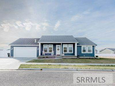 3838 Tawzer Way, Ammon, ID 83406 (MLS #2129478) :: The Perfect Home