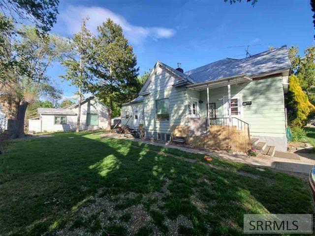 238 S 6th Avenue, Pocatello, ID 83201 (MLS #2129625) :: Silvercreek Realty Group