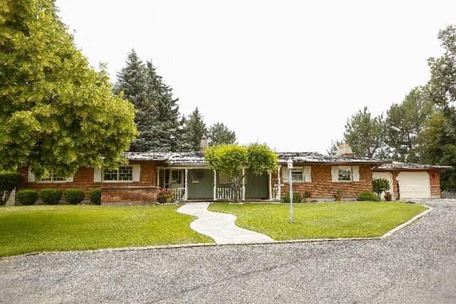 1198 Walker Avenue, Blackfoot, ID 83221 (MLS #2131316) :: The Perfect Home