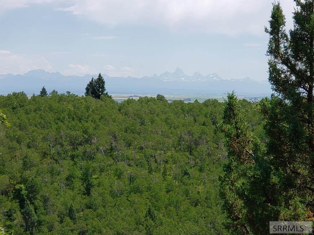 1694 Aspen Heights Drive - Photo 1