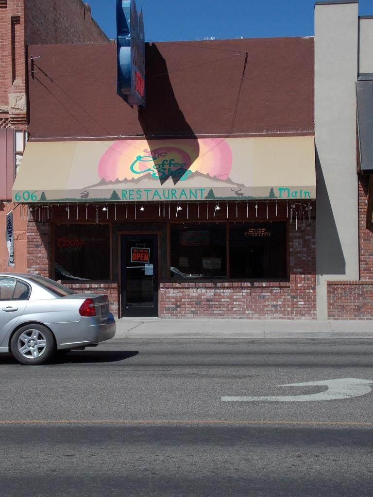 606 Main Street - Photo 1