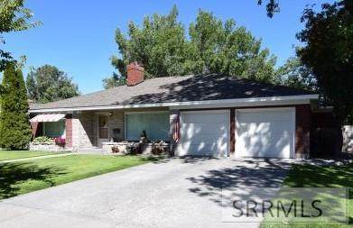 615 11th Street, Idaho Falls, ID 83401 (MLS #2132140) :: Silvercreek Realty Group