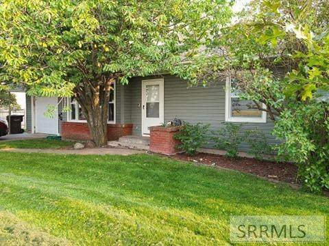 2516 E Lincoln Road, Idaho Falls, ID 83401 (MLS #2132326) :: The Group Real Estate