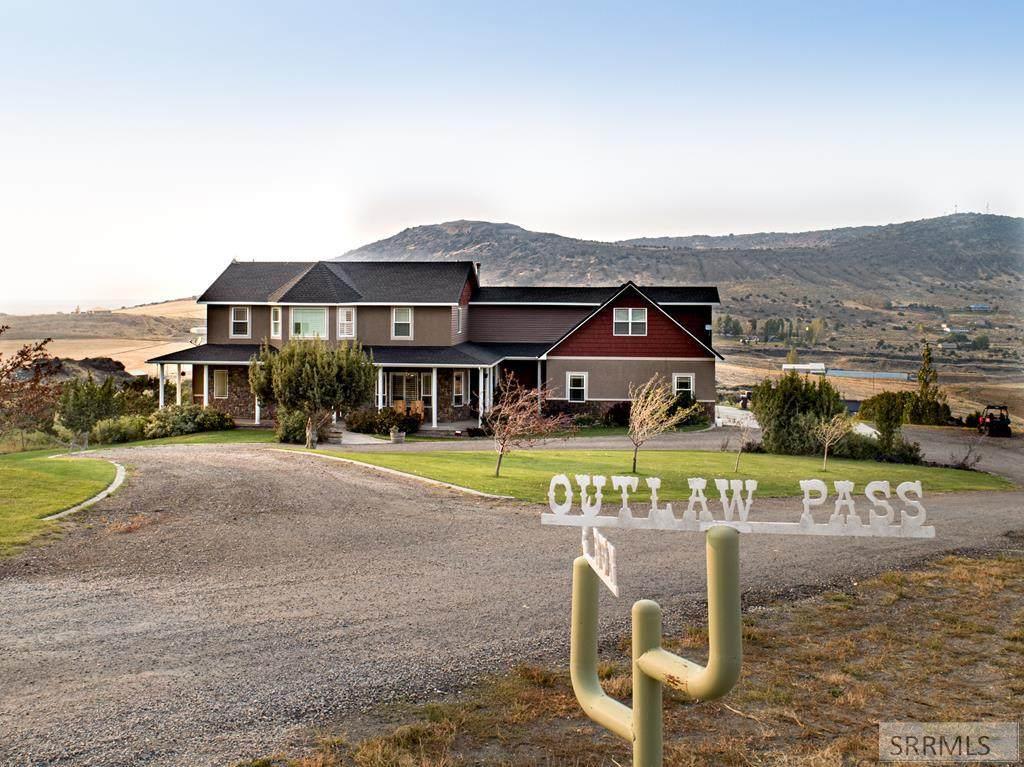 9200 Outlaw Pass - Photo 1