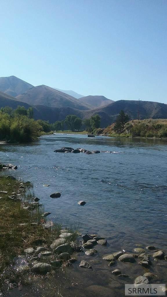 NKN Agate #85, Salmon, ID 83467 (MLS #2132817) :: The Perfect Home
