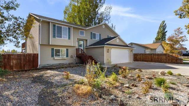 4288 E Willow Canyon Drive, Ammon, ID 83406 (MLS #2132916) :: Silvercreek Realty Group