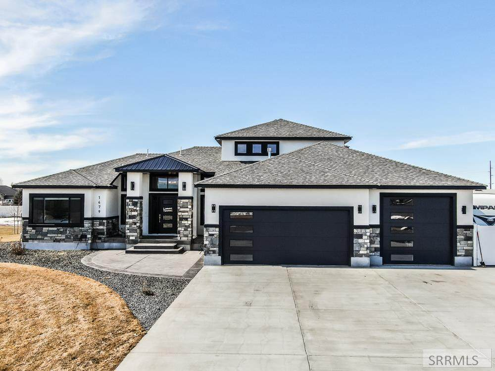 1479 Wood River Rd - Photo 1