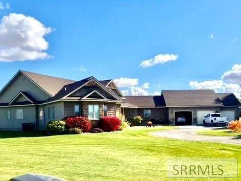 474 N 4200 E, Rigby, ID 83442 (MLS #2135126) :: Team One Group Real Estate