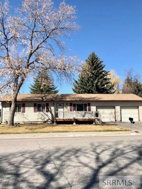 621 Buckboard Lane, Idaho Falls, ID 83402 (MLS #2135712) :: Silvercreek Realty Group