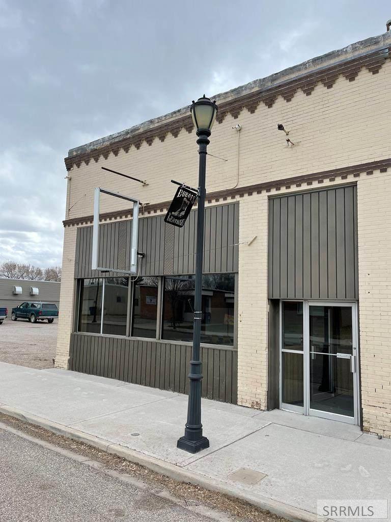 83 Main Street - Photo 1