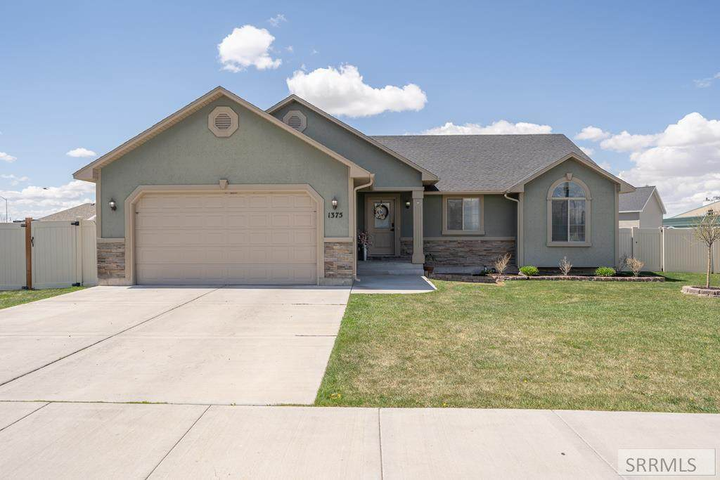 1375 Indian Hollow Drive - Photo 1