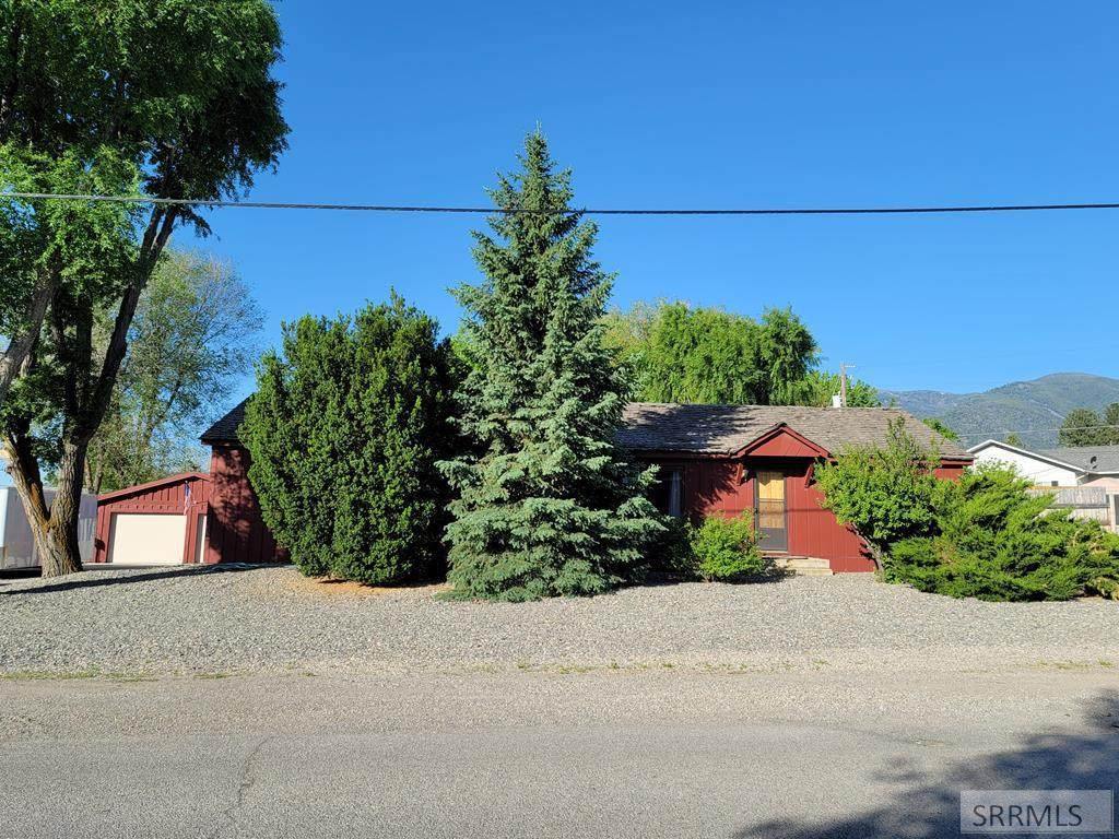 710 Courthouse Drive - Photo 1
