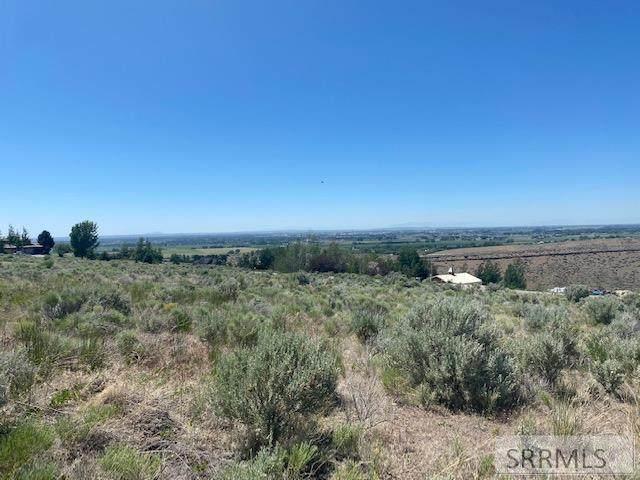 1155 S Rimline Drive, Idaho Falls, ID 83401 (MLS #2137336) :: Team One Group Real Estate