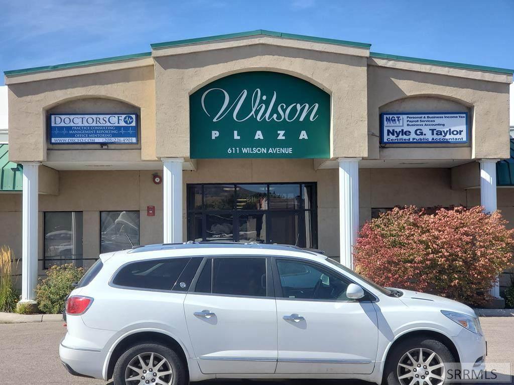 611 Wilson Avenue - Photo 1
