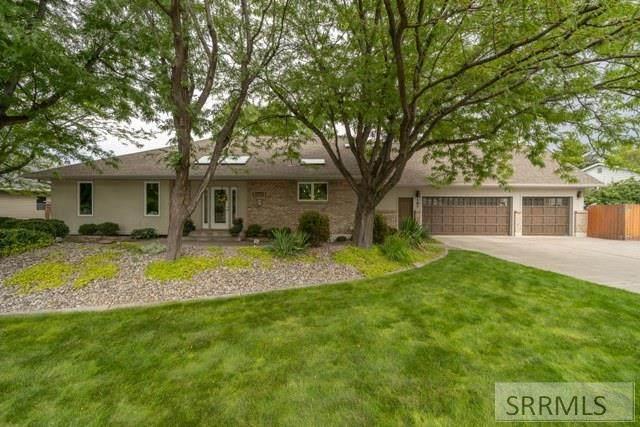 397 Springwood Lane, Idaho Falls, ID 83404 (MLS #2138629) :: Silvercreek Realty Group