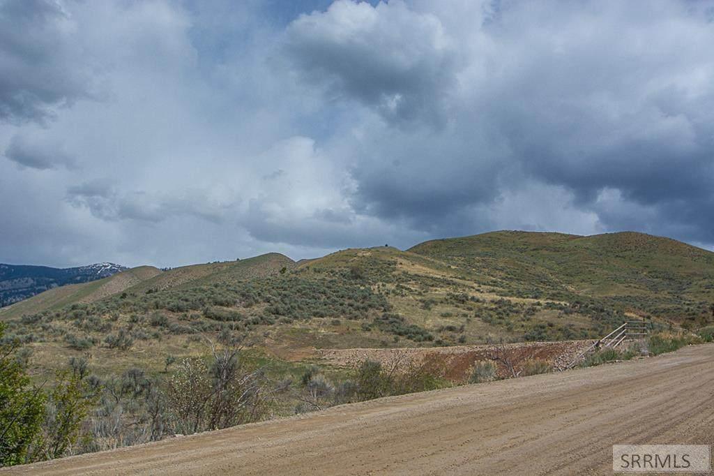 999 Tower Creek Road - Photo 1