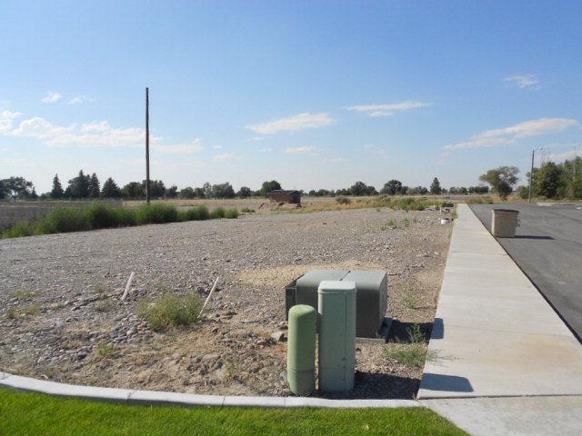 2411 Teeples Drive, Blackfoot, ID 83221 (MLS #187848) :: The Perfect Home-Five Doors
