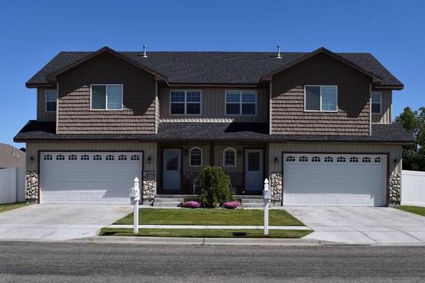 3634 Potomac Way A&B, Idaho Falls, ID 83404 (MLS #2115452) :: The Perfect Home-Five Doors