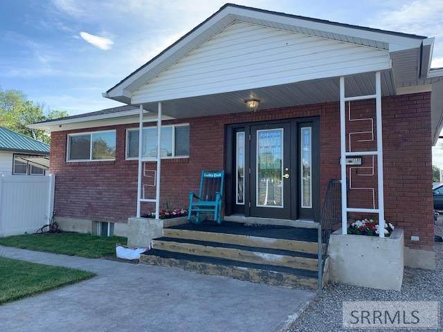 495 N Shilling Avenue, Blackfoot, ID 83221 (MLS #2129406) :: The Perfect Home