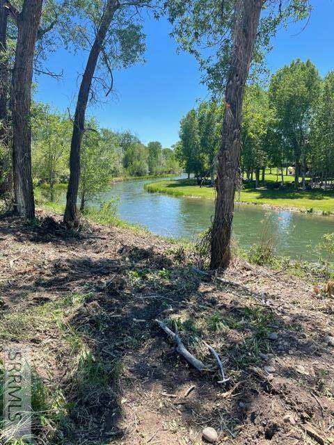 L8B3 Waterstone Drive, Rigby, ID 83442 (MLS #2136587) :: Team One Group Real Estate