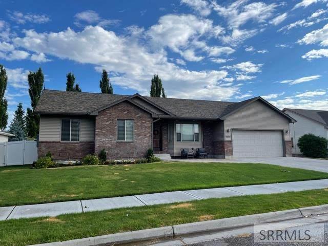 1663 Daffodil Place, Idaho Falls, ID 83404 (MLS #2138151) :: The Perfect Home