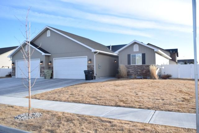 3675 Delaware Avenue, Idaho Falls, ID 83404 (MLS #2112378) :: The Perfect Home-Five Doors